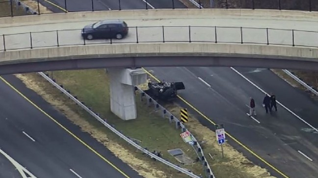 Person drives car off of overpass in Howard County, suffers serious