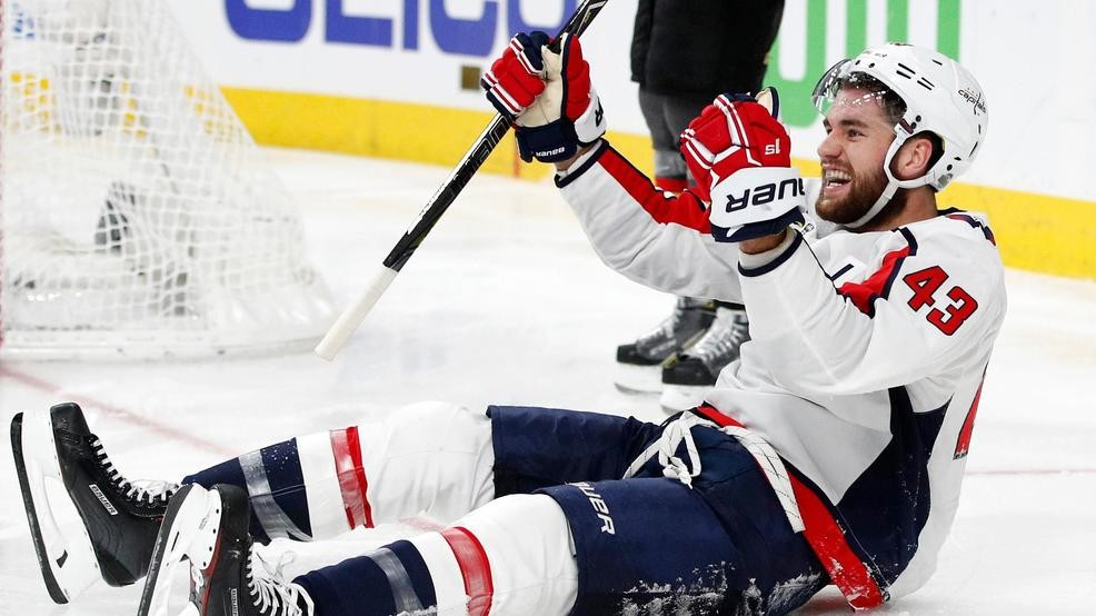 32adefdfc60 Capitals invest big money and time in forward Tom Wilson