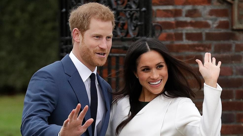 Report Meghan Markle S Wedding Dress Costs 3 Times The