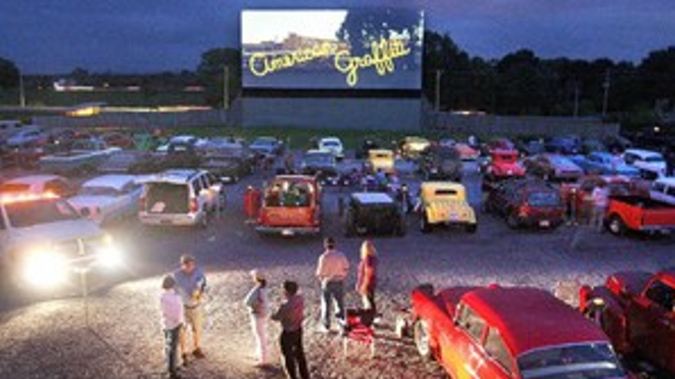 Virginia Drive In Movie Theatre Scheduled To Reopen On May 1 Wjla