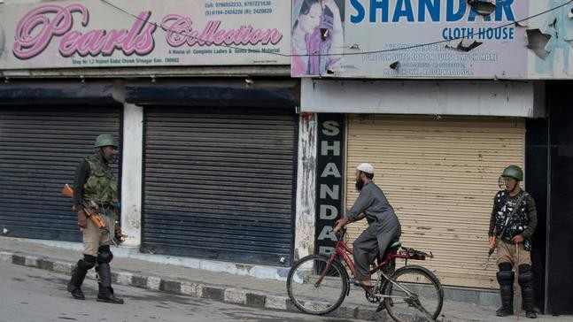No phone calls, no groceries: Kashmir on edge under lockdown | WJLA
