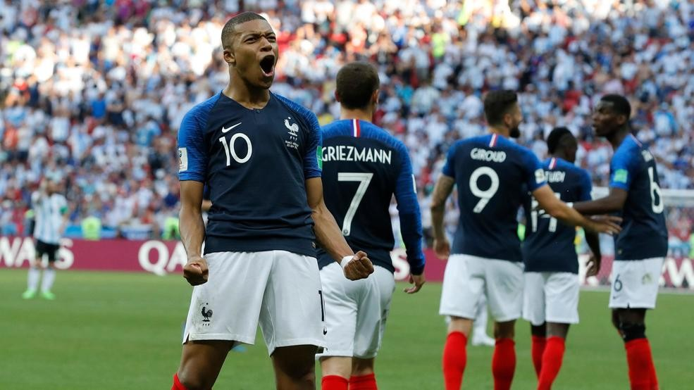84c2c061fc87aa Kylian Mbappe stars as France beats Argentina in World Cup round of ...