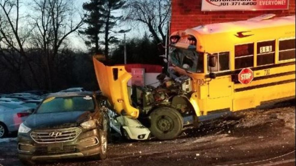 Mountain Motors Frederick Md >> Frederick County School Bus Crashes Driver 1 Student Taken