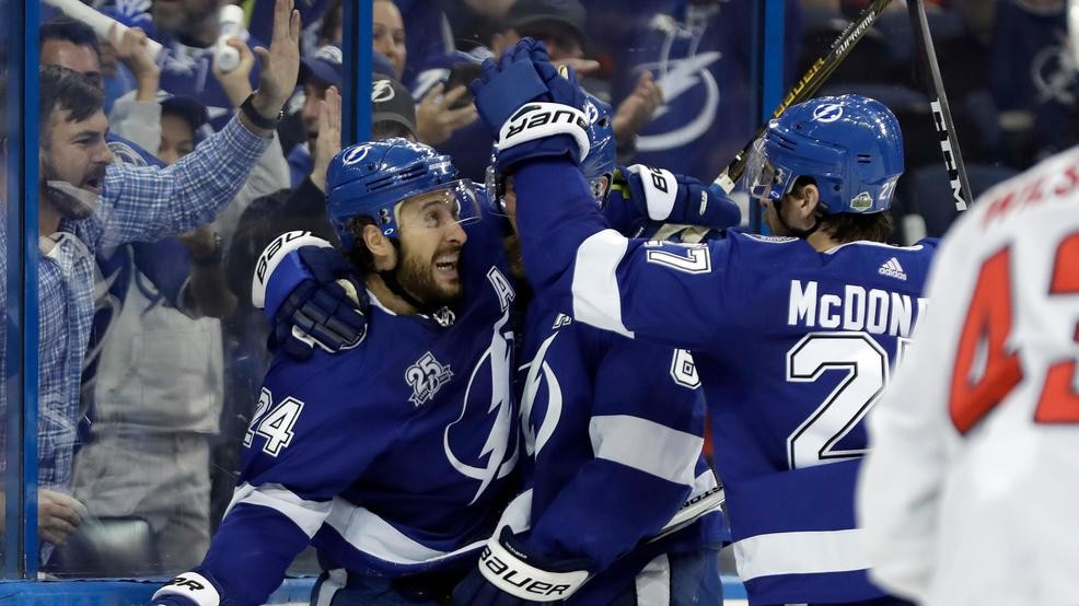 Capitals drop Game 5 for 3rd straight loss to Lightning 7e2b73f3a95