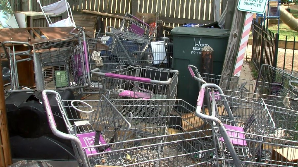 Abandoned shopping carts pile up at D.C. apartment complex ...